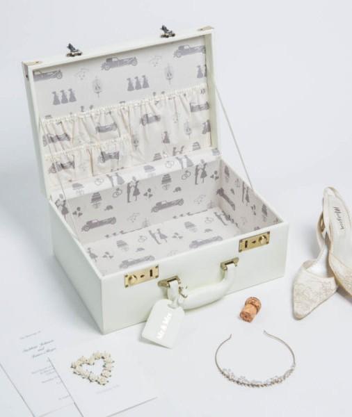 wedding case