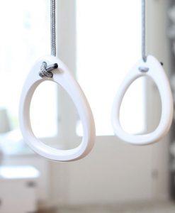 lillagunga hvide gymnastikringe grå