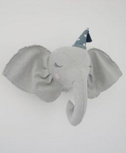 dyretrofæ elefant boramiri