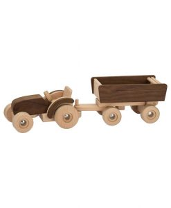 træ traktor goki