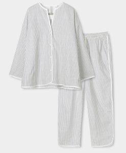 dame pyjamas aiayu